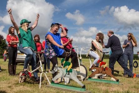 34 Horse races